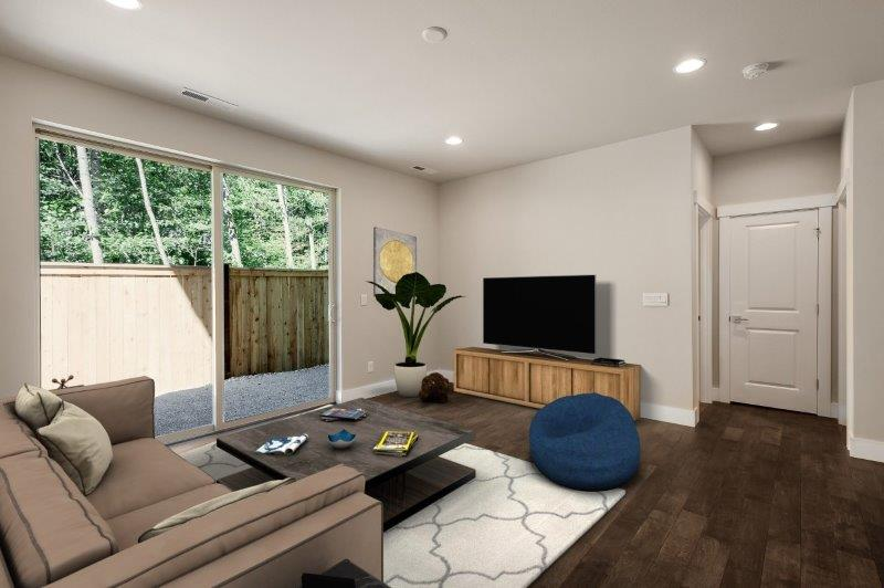 Lower level flex room - great rec room space!