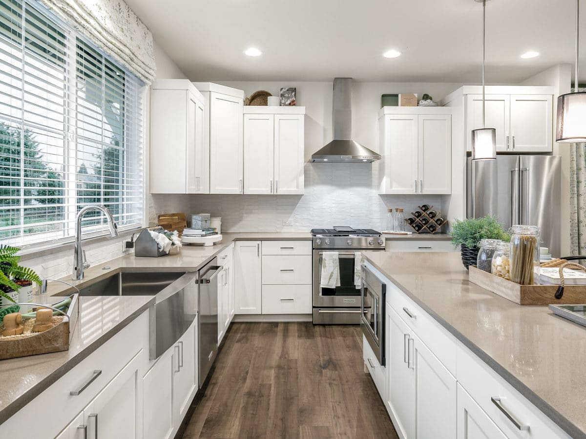 Exceptional Finishes throughout the 2418 sq.ft. plan kitchen