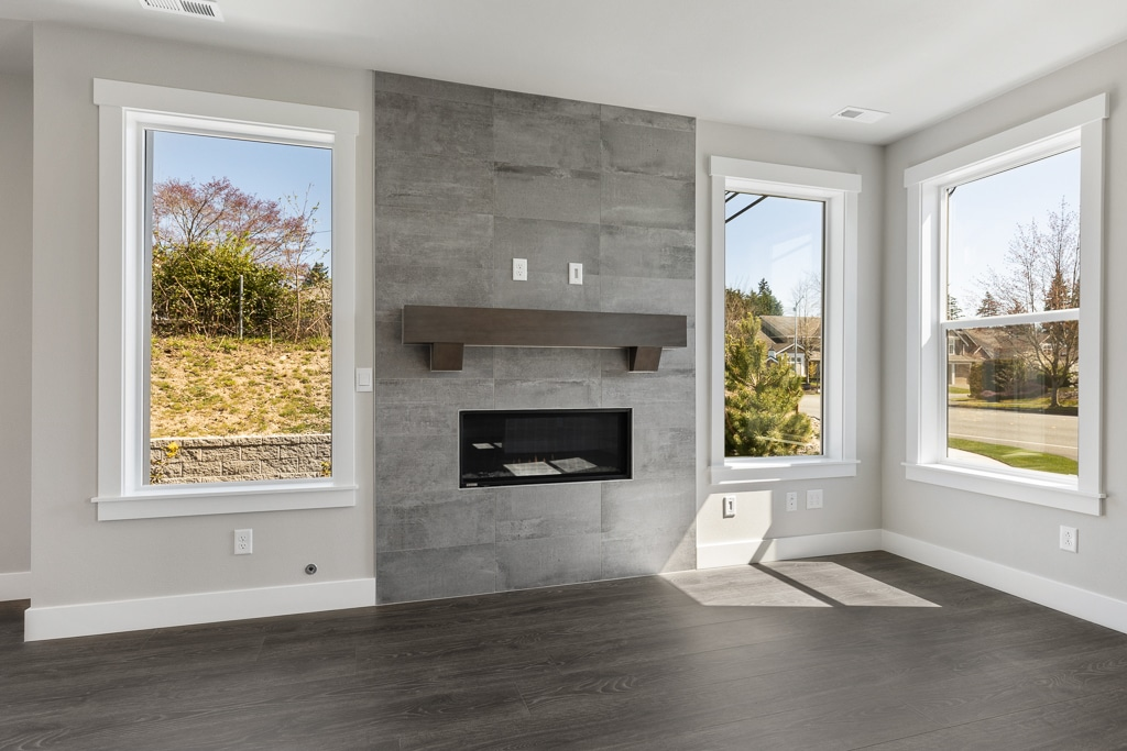 Gas fireplace with full-height tile surround